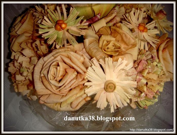 букет цветов из листьев кукурузы - талаша, мастер-класс (41) (700x532, 301Kb)