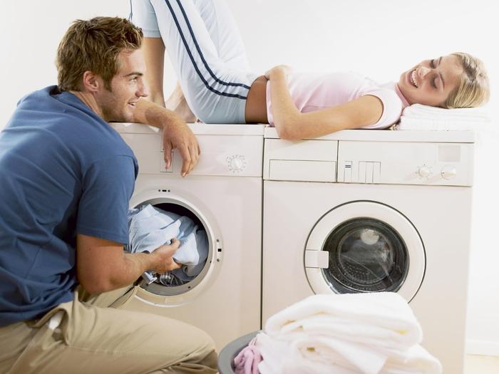 И, конечно, покупая стиральную машинку, мы хотим, чтобы она прослужила как можно дольше.  В общем-то, в этом нет...
