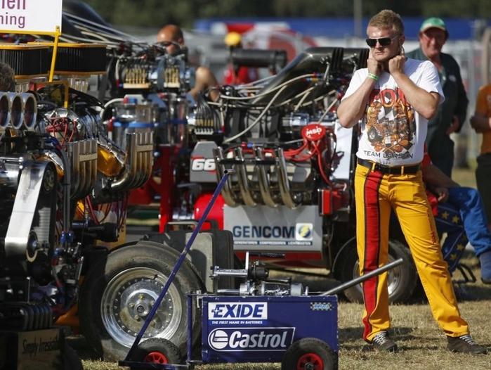 гонки на тракторах фото 5 (700x526, 292Kb)