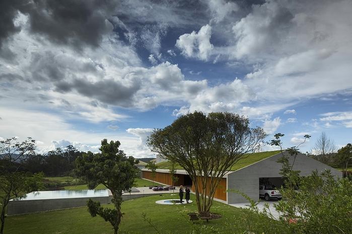 большой современный дом фото 1 (700x466, 253Kb)