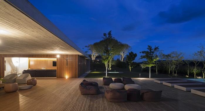 большой современный дом фото 5 (700x379, 186Kb)
