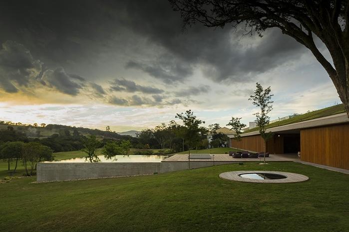 большой современный дом фото 15 (700x466, 233Kb)
