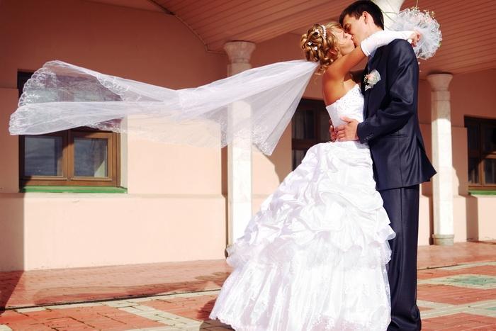 Как выбрать костюм на свадьбу (1) (700x467, 203Kb)