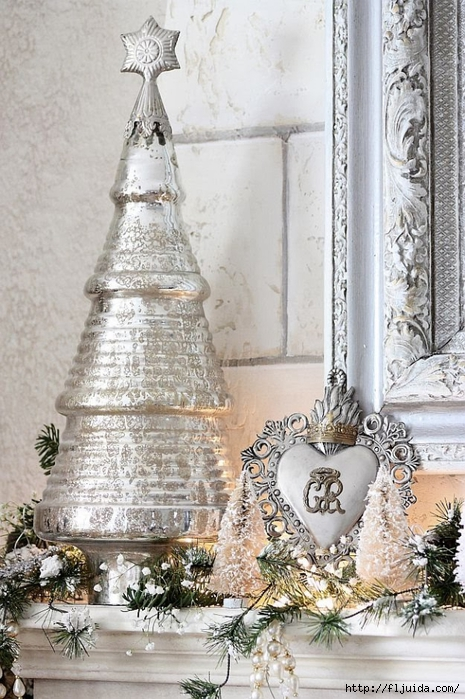 The Decorated House 2013 Christmas Mantel Details Ex Voto 2 sm (465x700, 299Kb)