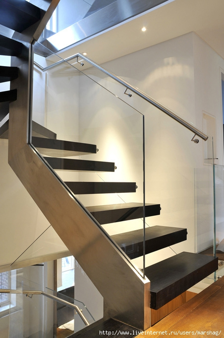 straight_staircase_with_glass_balustrade_7h (452x680, 182Kb)