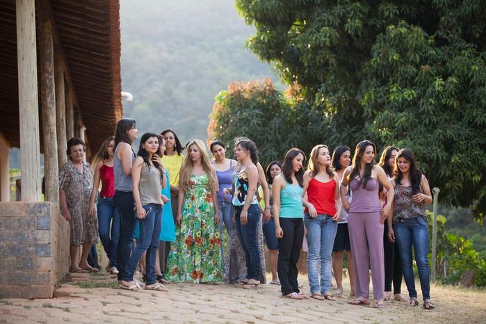 женская коммуна в бразилии Noiva do Cordeiro 7 (700x466, 419Kb)