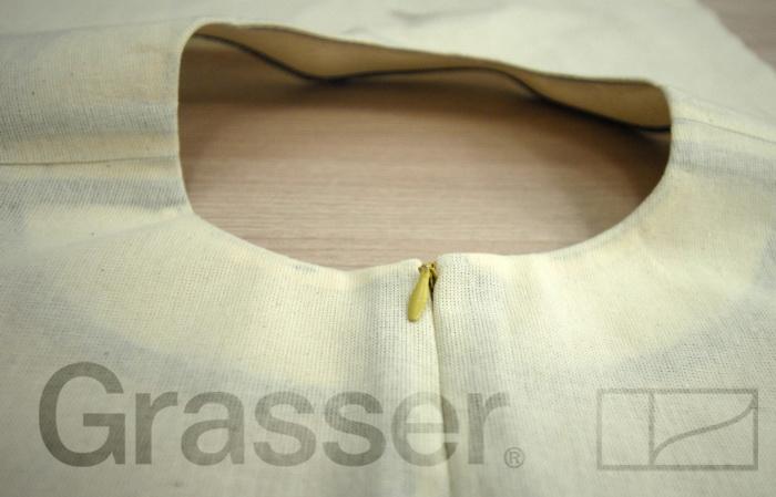 Обработка горловины обтачкой. Школа GRASSER/5717328_15_1 (700x449, 90Kb)