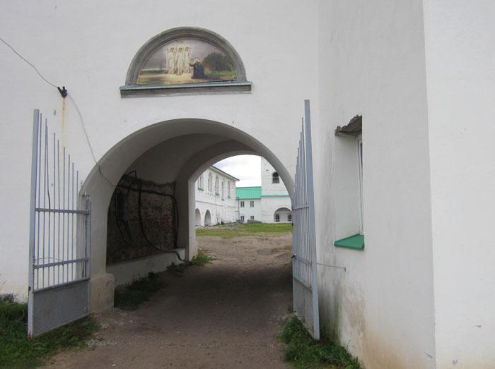 Александро-Свирский монастырь 05 (700x523, 150Kb)