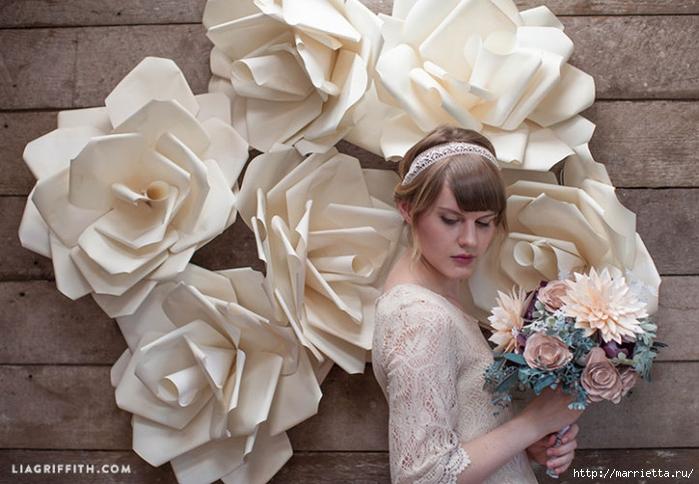 Большие цветы из бумаги для свадебного торжества (1) (700x484, 255Kb)