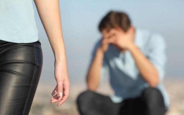 «Я не злюсь» и еще 9 вещей, о которых лгут женщины