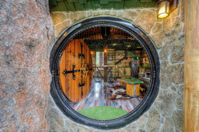 ����� �� ������ Hobbit treehouse 3 (700x465, 691Kb)