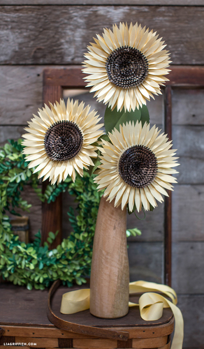 Metallic_Paper_Sunflower-724x1236 (409x700, 364Kb)
