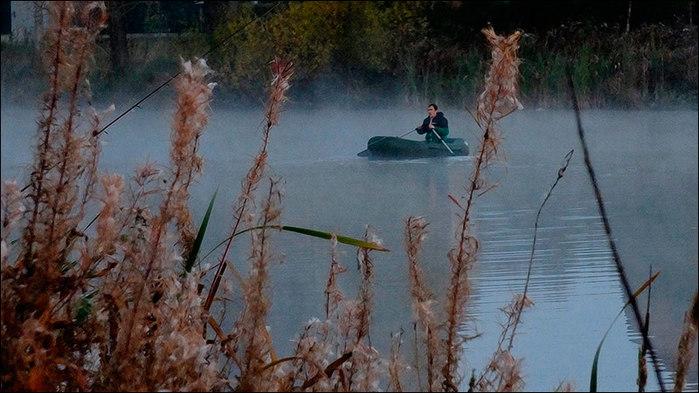 Осеннее уро на озере/3673959_15 (700x393, 85Kb)