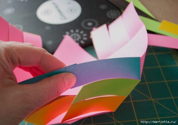 Корзинка из цветной бумаги своими руками (8) (600x423, 94Kb)