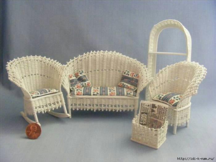 Как сделать кресло на колесиках для кукол 237