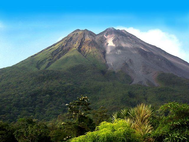 вулкан ареналь в коста рике 3 (640x480, 276Kb)