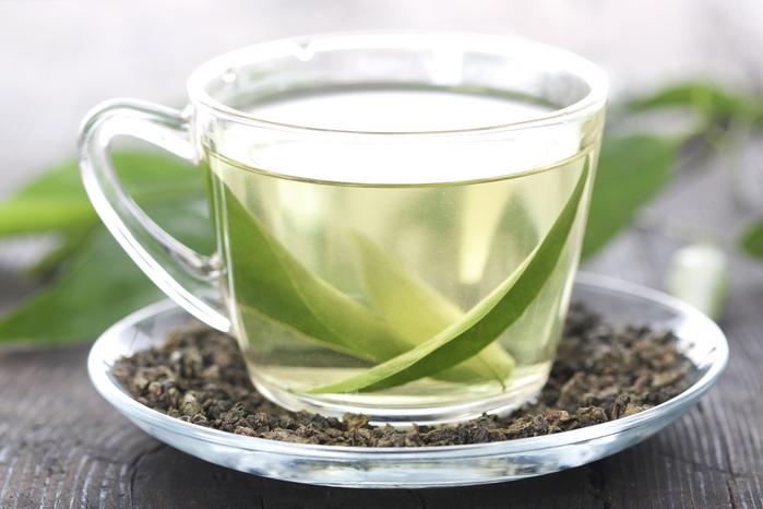 Maria Komar - белый чай (700x466, 291Kb)