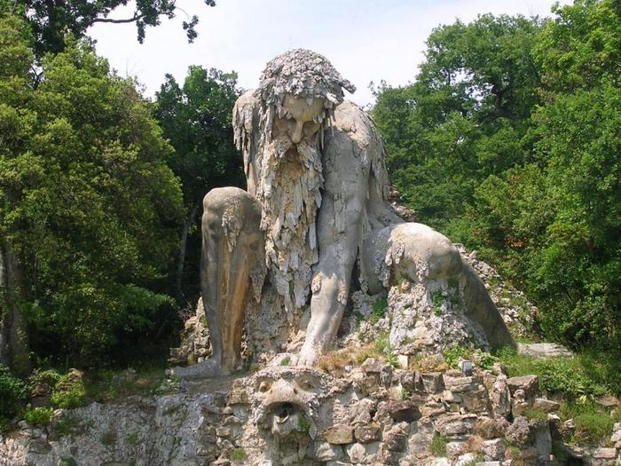 статуя бога аппенино италия 2 (700x525, 479Kb)