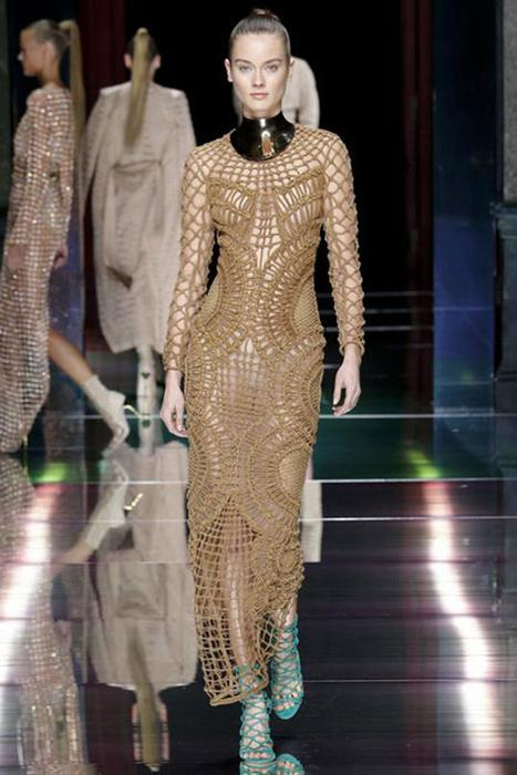 125633467 101515 1902 4 Самые откровенные платья недель моды в 2015 году
