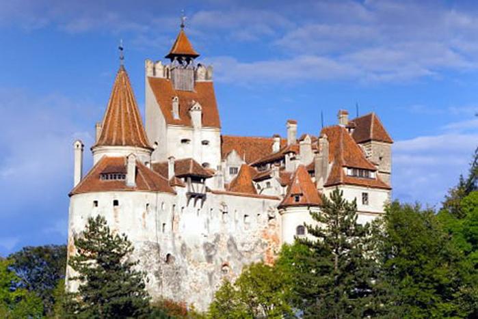 1.Замок Бран (700x467, 340Kb)
