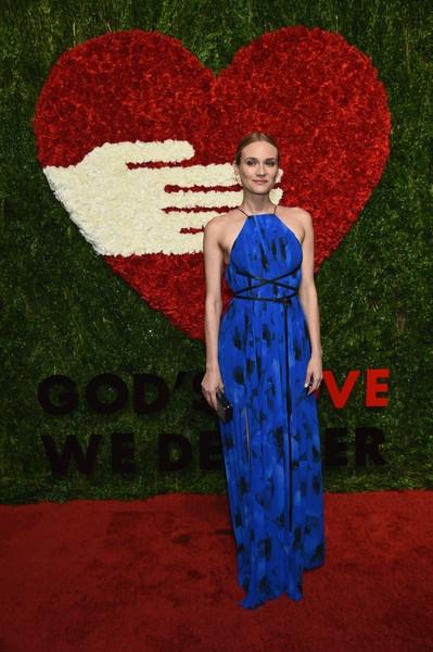 Diane+Kruger+God+Love+Deliver+Golden+Heart+Y84CTlzjW0Cl (399x600, 199Kb)