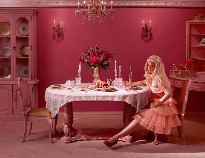 Ад в кукольном доме: Кен не любит Барби