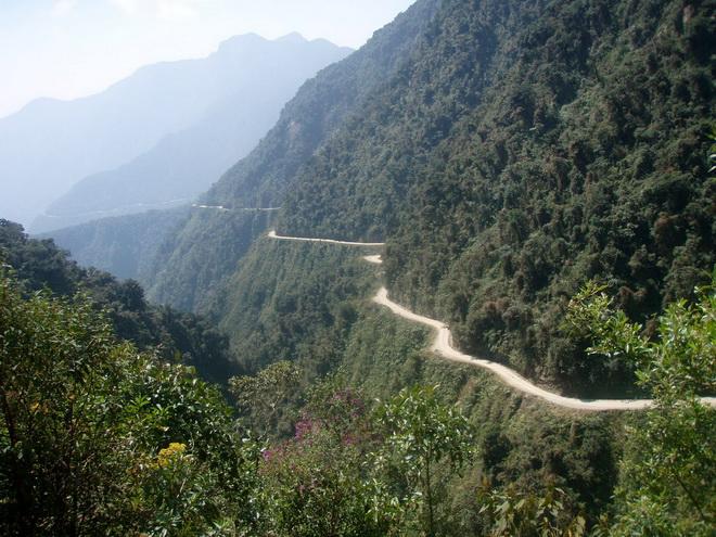 Bolivia_Yunga_Road-3 (660x495, 171Kb)