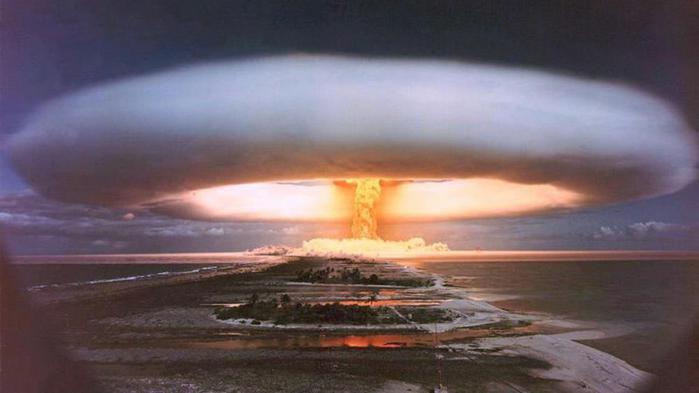5 научных экспериментов, которые могли привести к Концу света!