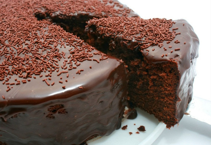 Traditsijnij-polskij-shokoladnij-tort (700x482, 346Kb)