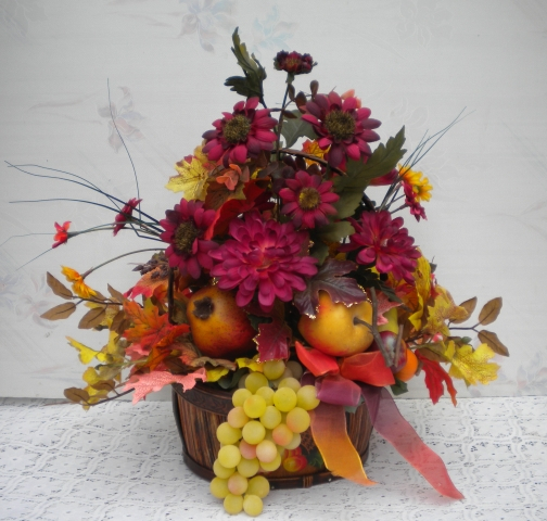 fall-fruit-and-mums-basket-61174-b7a8 (504x480, 248Kb)