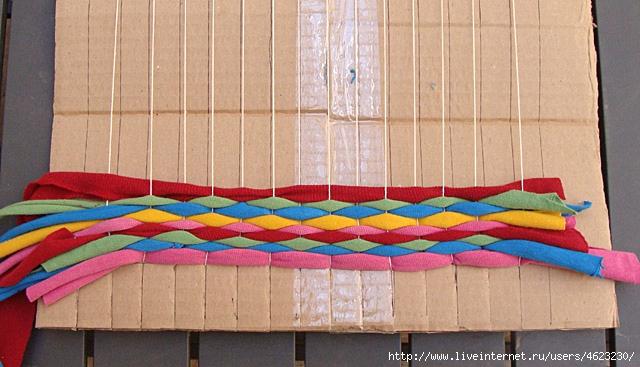 Коврик из ниток плетение