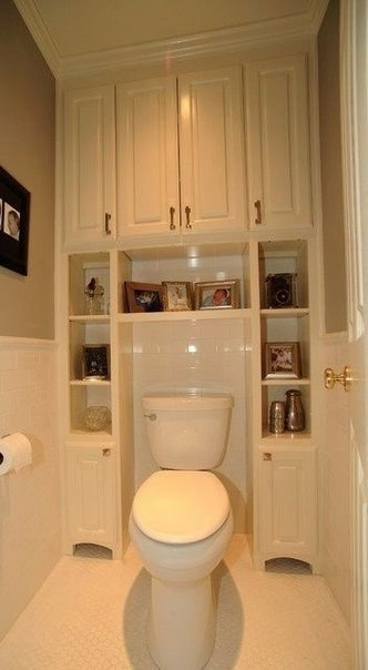 Small bathroom solutions storage