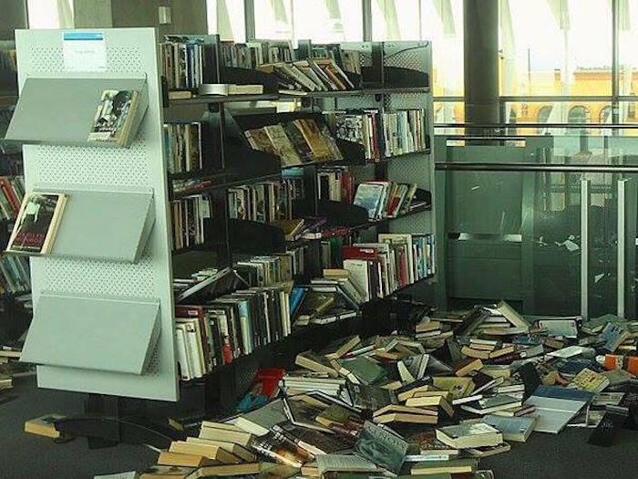 библиотека2 (700x525, 78Kb)