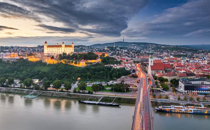 89. Братислава (Словакия) (700x433, 379Kb)