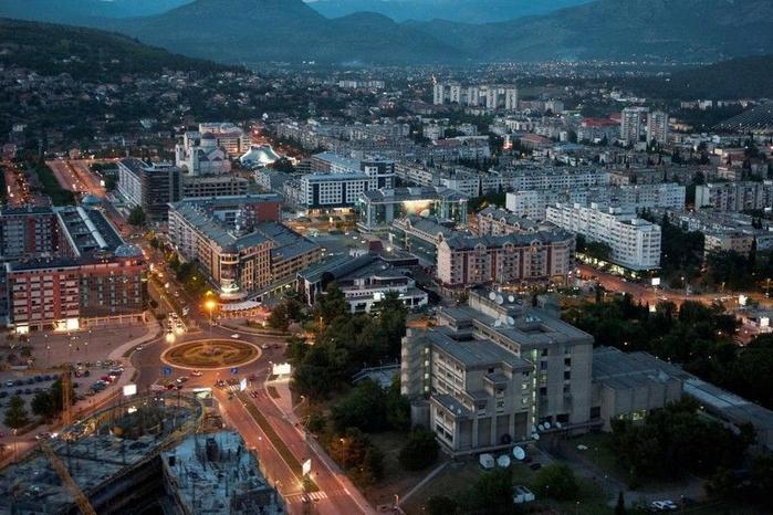 89. Подгорица (Черногория) (700x466, 392Kb)