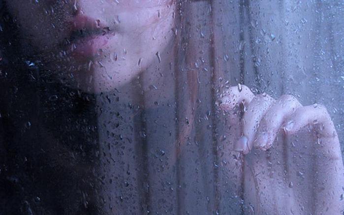 дождь за окном 2 (700x438, 266Kb)
