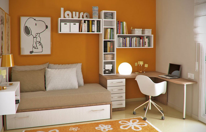 Beautiful-Orange-and-White-Young-Workspace-with-Snoopy-Poster-in-the-Wall (700x448, 278Kb)