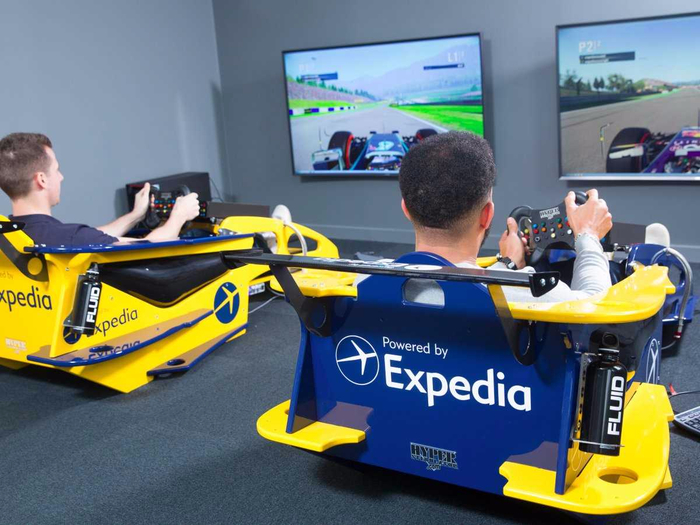 офис Expedia в лондоне 4 (700x525, 351Kb)
