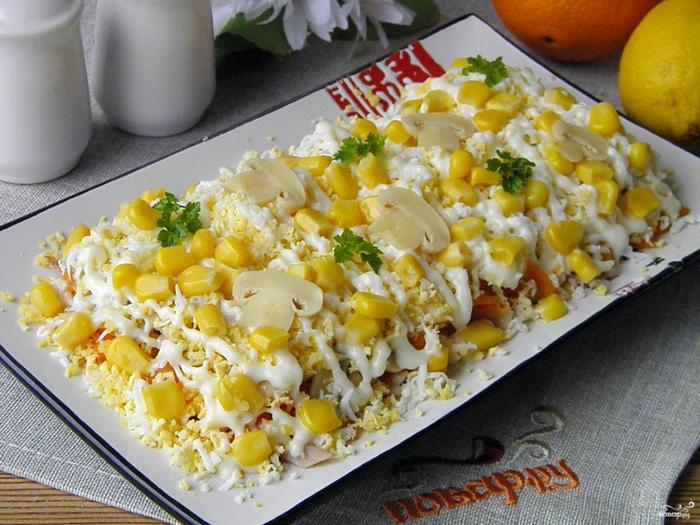 Рецепты от Виктории/5281519_salat_iz_kurici_s_maionezom260644 (700x525, 326Kb)