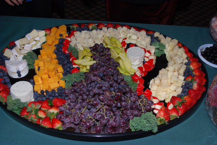 11Jan2012_2c_TVWS_Med_Cruise_Cheese_Plate_Awesome_Color (700x468, 87Kb)