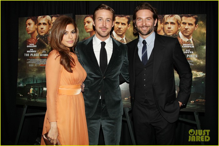 ryan-gosling-eva-mendes-place-beyond-the-pines-premiere-10 (700x468, 81Kb)