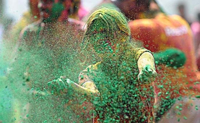 праздник холи в индии 15 (700x433, 175Kb)