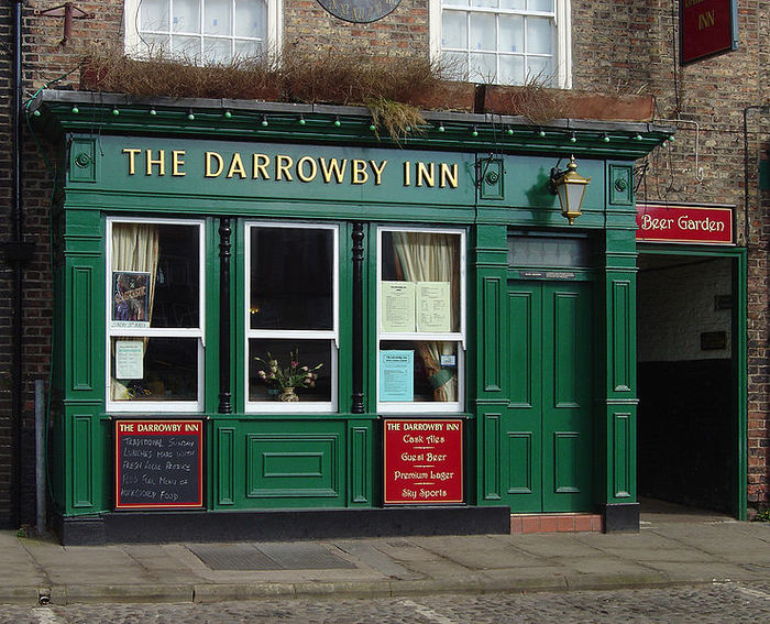 739px-Darrowby_Inn (700x567, 124Kb)
