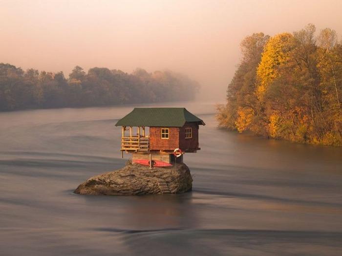 drina-river-house-1 (700x525, 66Kb)