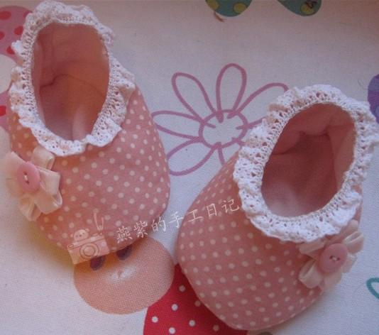 Пинетки для новорожденных своими руками