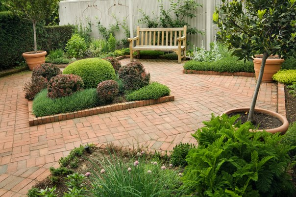 Designs for small gardens ideas