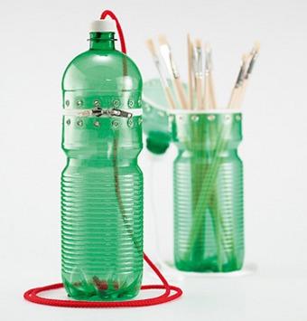 Известно, что из пластиковых бутылок можно сделать множество полезных вещей.  Предлагаем еще одну довольно...