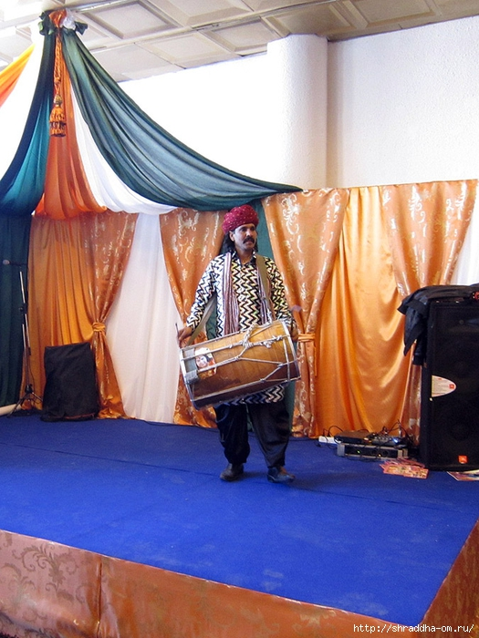 Питер, выставка товаров из Индии, 2013, 78 (525x700, 307Kb)