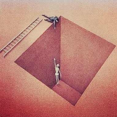 Некоторые люди только делают вид, что хотят помочь. (381x381, 31Kb)