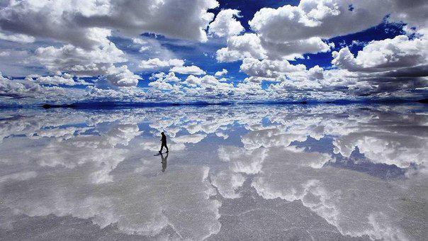 На юго-западе Боливии расположен самый крупный в мире солончак площадью 10 582 квадратных километров (604x340, 51Kb)